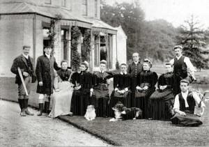 1896-WealdHallMasterandStaff
