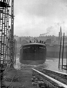1951-LaunchofMVBlackwallPointApril