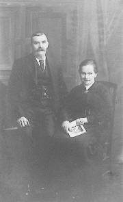 Thomas and Anna Matchett – Tom Matchett's grandparents.